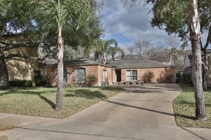 1007 Forest Home Dr